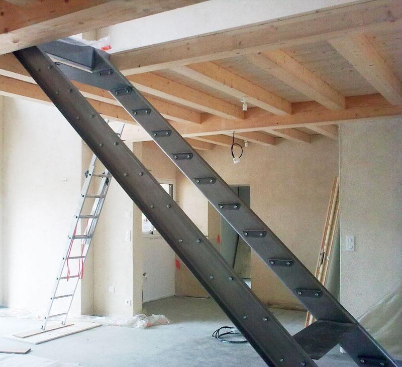 Escalier et garde corps en m tal brut mecametal - Escalier en metal ...