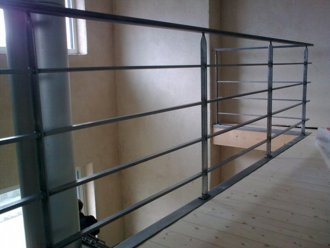 escalier et garde corps. Black Bedroom Furniture Sets. Home Design Ideas