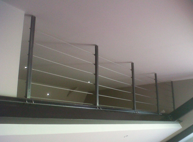 escalier cr maill re acier brut garde corps palier mezzanine mecametal. Black Bedroom Furniture Sets. Home Design Ideas