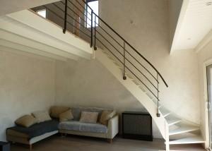 garde-corps métal maison design pour escalier bois et mezzanine en Vendée 85