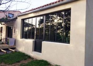 Verrière d'extérieur avec porte et fenêtre design et performance RT2012 double vitrage