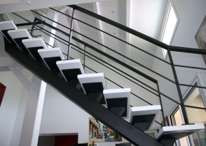 escalier metal bois sur-mesure renovation maison la roche sur yon montaigu