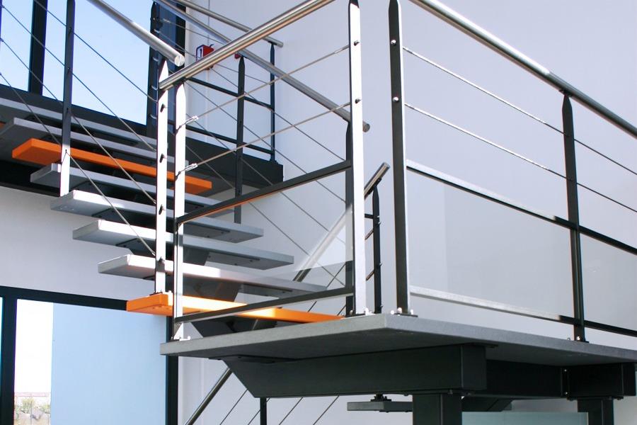 escalier et garde corps m tal design moderne mecametal. Black Bedroom Furniture Sets. Home Design Ideas