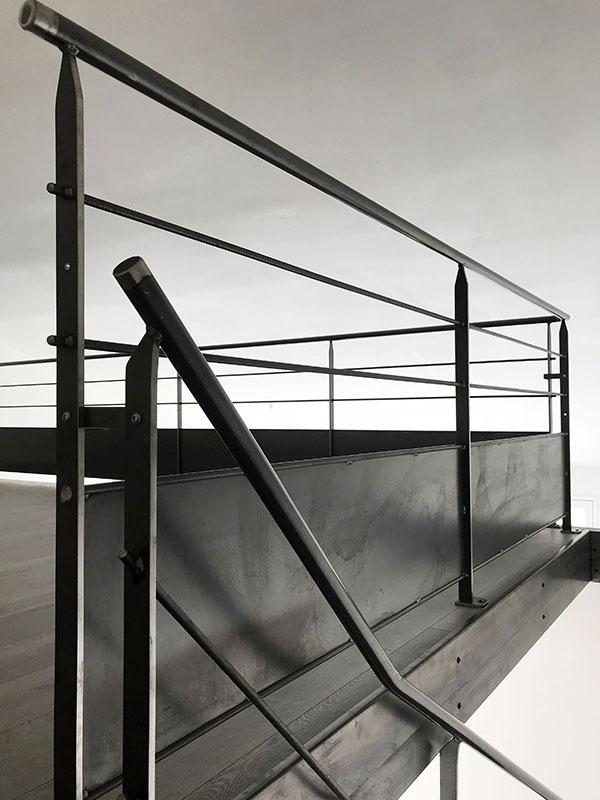 escalier-metal-industriel-2-4-tournant-vendee