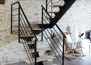 Escaliers Sur Mesure En Metal Conception Fabrication Et Pose