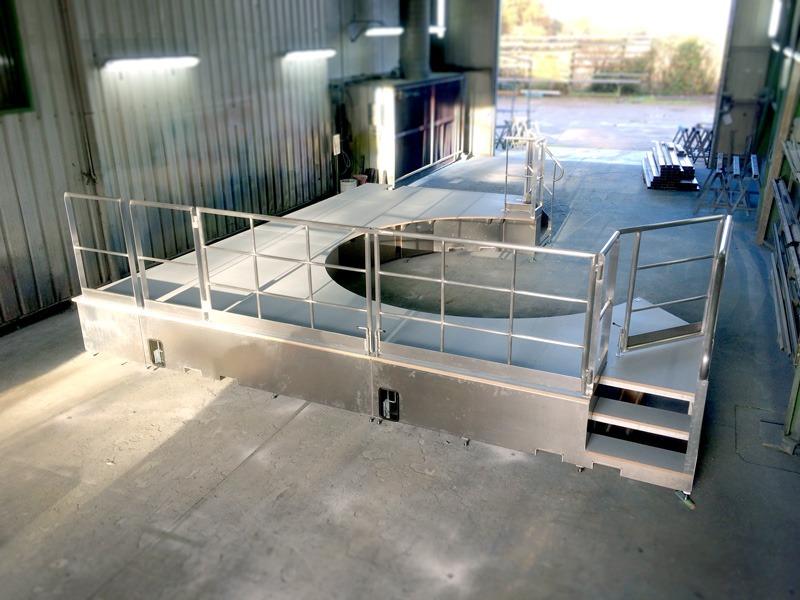 Plateforme de platelage bois et aluminium